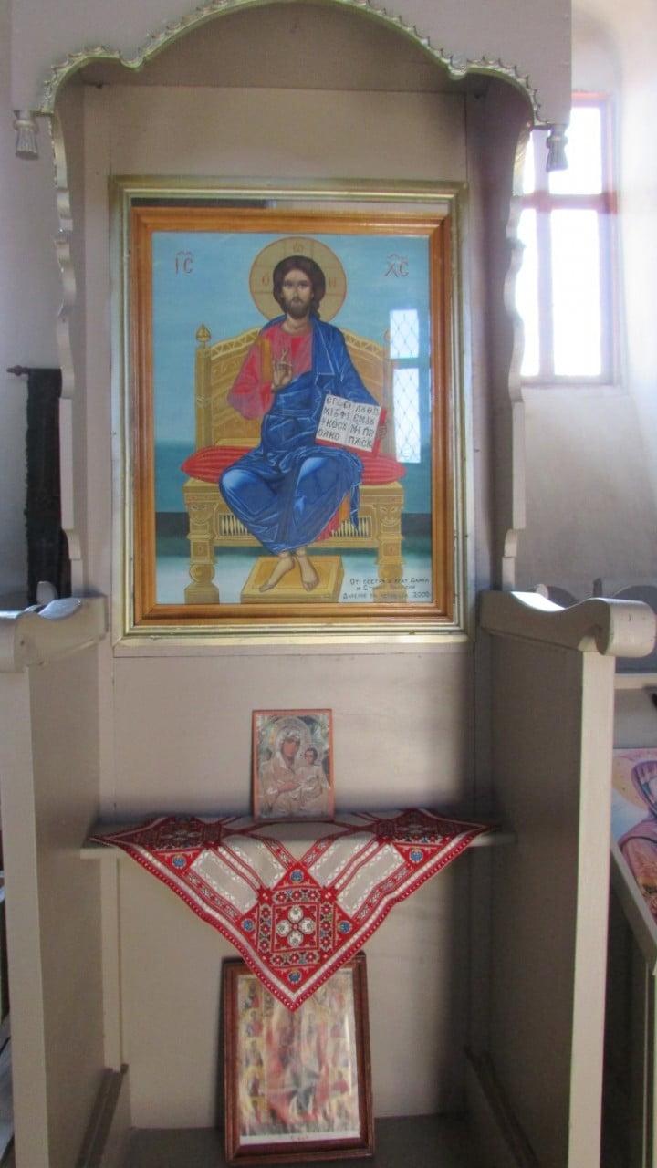 Храм св.св.Апостоли Петър и Павел в с. Белчин - 26.12.2015год.
