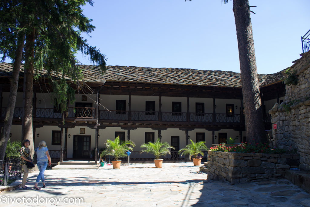 troqnski-manastir-36